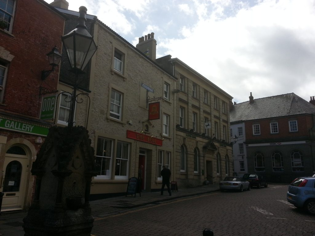 Photo of the Bell public house in Shepton Mallet by Alan Dedman