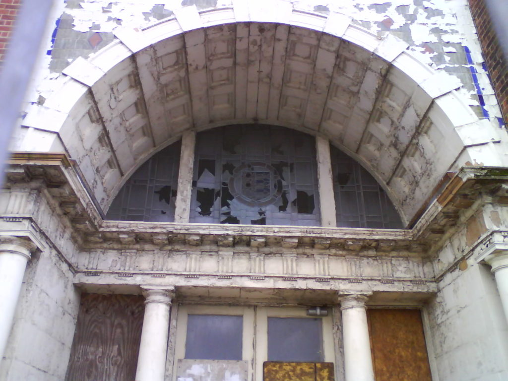 photo of derelict Great Yarmouth College of Art & Design Alan Dedman